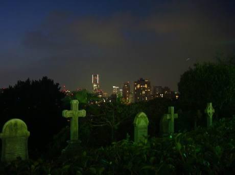 Foreign_graveyard2