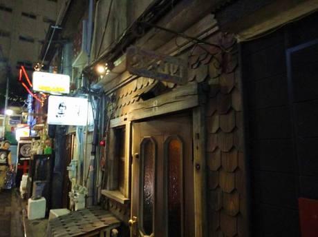 Golden_street2