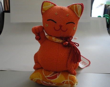 Manekineko_office_1_3